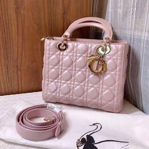 Dior lady Dior medium pearl blush pink